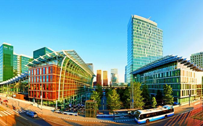 El WTCA (World Trade Center Amsterdam) cuenta con 110.000 metros...