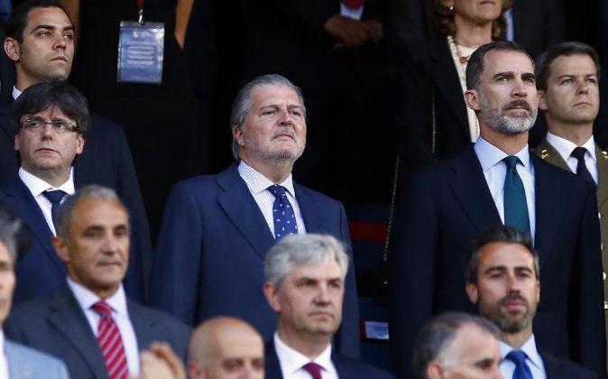 Felipe VI y Puigdemont en la final de la Copa del Rey de este año.