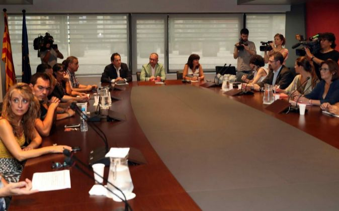 Negociación entre Aena, comité de huelga, Eulen y la Generalitat,...