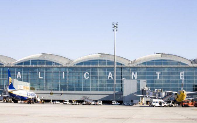 Aeropuerto de El Altet en Alicante.