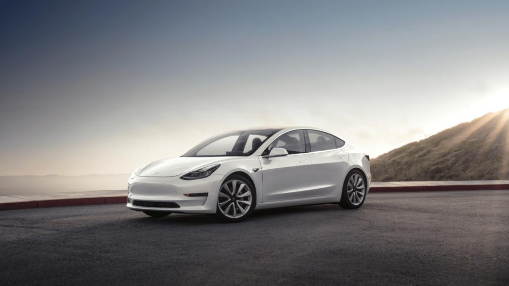 Tesla Model 3 Pearl.