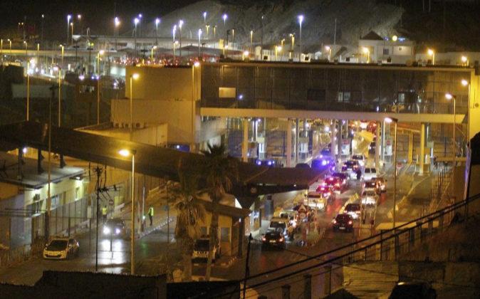 Imagen de archivo de la vista del paso fronterizo del Tarajal de Ceuta...
