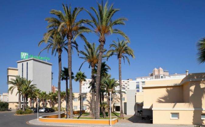 Holiday Inn Alicante-Playa San Juan.