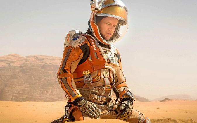 Matt Damon interpreta en 'Marte' a un astronauta obligado a...