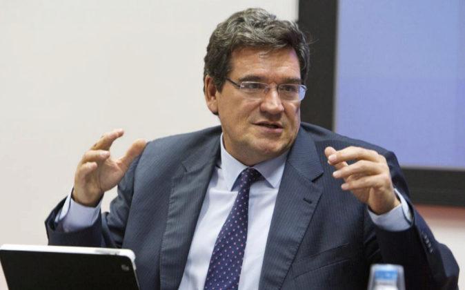 José Luis Escribá, presidente de Airef, en una reunión del consejo...