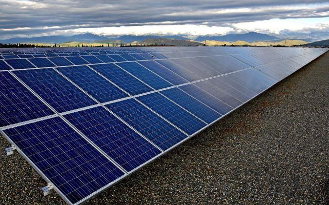 Paneles solares de Southern California Edison (SCE).