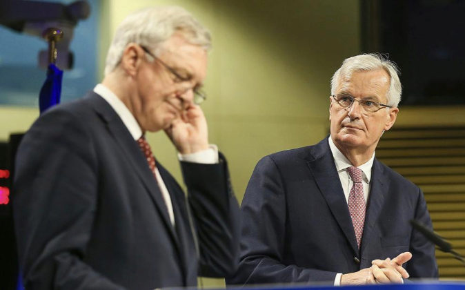 El ministro británico para la salida del Reino Unido de la UE, David...