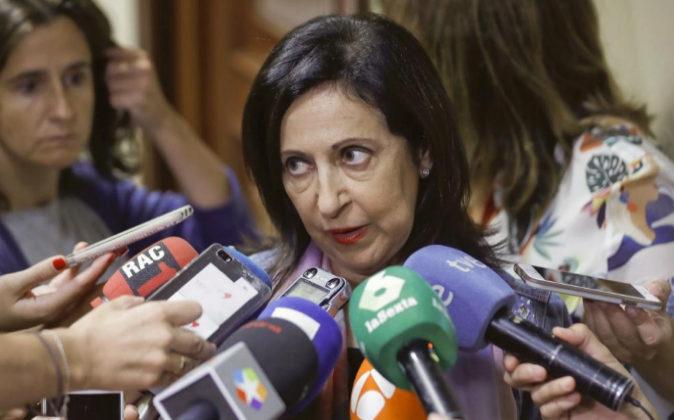 La portavoz socialista, Margarita Robles, hace declaraciones a los...
