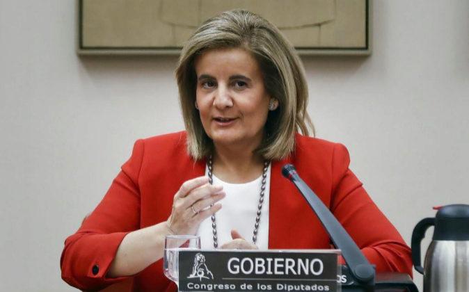 La ministra de Empleo, Fátima Báñez, durante su comparecencia en la...