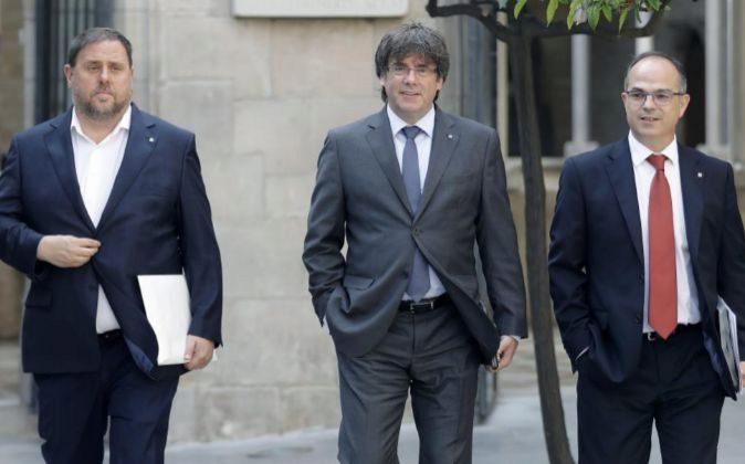 El vicepresidente del Govern, Oriol Junqueras; el presidente, Carles...