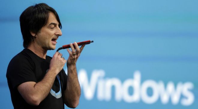 JOE BELFIORE, DIRECTOR DE OPERATING SYSTEMS GROUP DE MICROSOFT DURANTE...