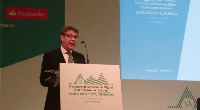 El ministro de Energía, Turismo y Agenda Digital, Álvaro Nadal, hoy...