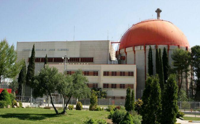 """Vista del exterior de la central nuclear """"José Cabrera"""","""