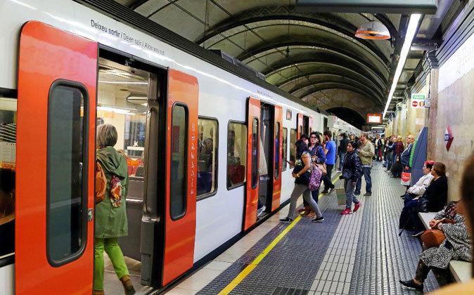 Ferrocarrils preve elevar un 17% sus usuarios entre 2016 y 2020, hasta...