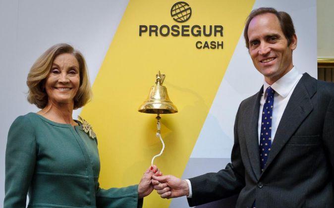 Helena Revoredo, presidenta de Prosegur y su hijo, el consejero...