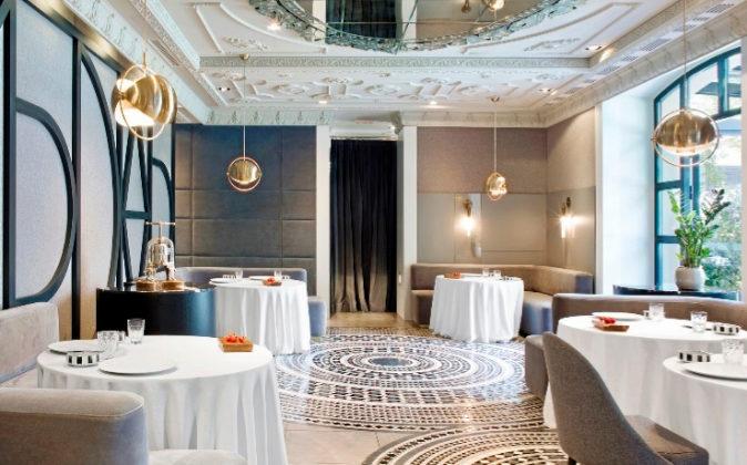 Ubicado en un palacete del siglo XIX, el restaurante ha renovado su...