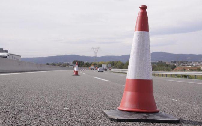 Obras de mantenimiento en una carretera de Cataluña.