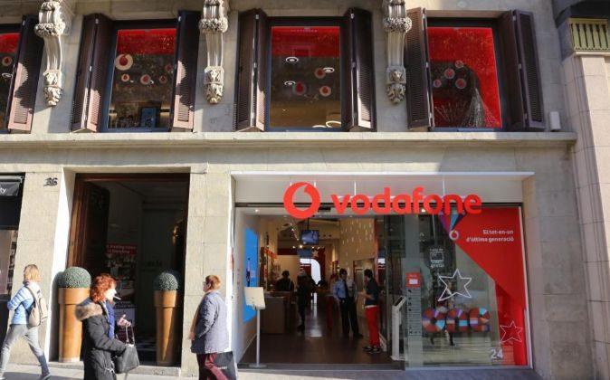 Tienda de Vodafone en Portal del Ángel, Barcelona.