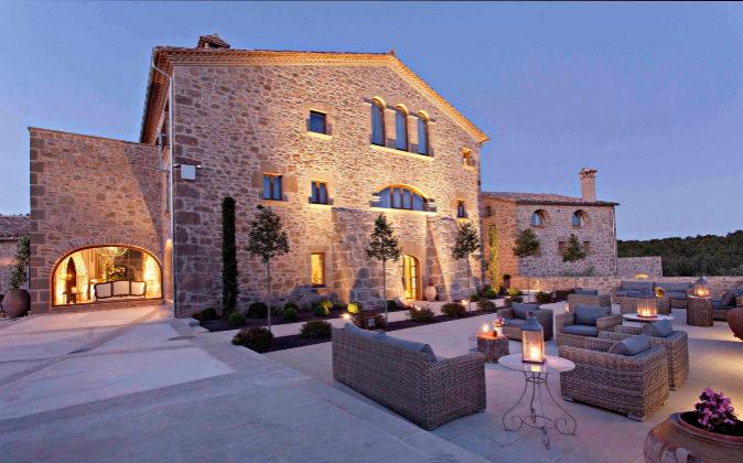 Hotel La Vella Farga es una antigua masía del siglo XVI rodeada de...