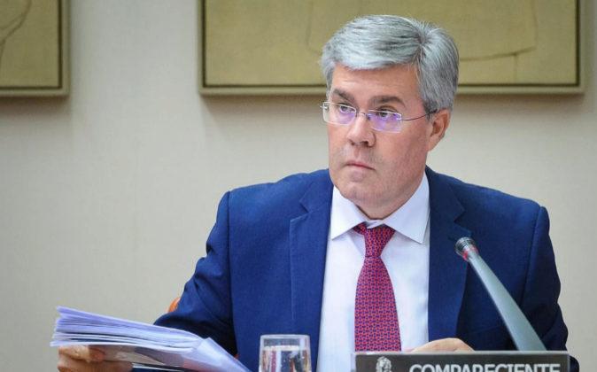 José Enrique Fernández de Moya, Secretario De Estado de Hacienda, en...