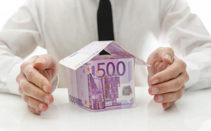 Casa de billetes de euro.