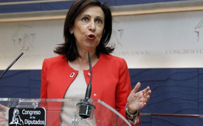 La portavoz de PSOE en el Congreso, Margarita Robles, durante la rueda...