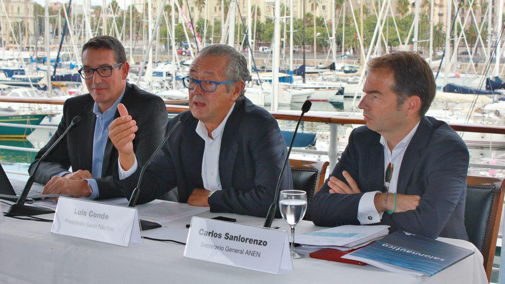Jordi Freixas, Luis Conde y Carlos Sanlorenzo, durante la...