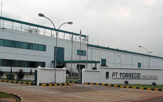 Fábrica de Torrecid en Indonesia.
