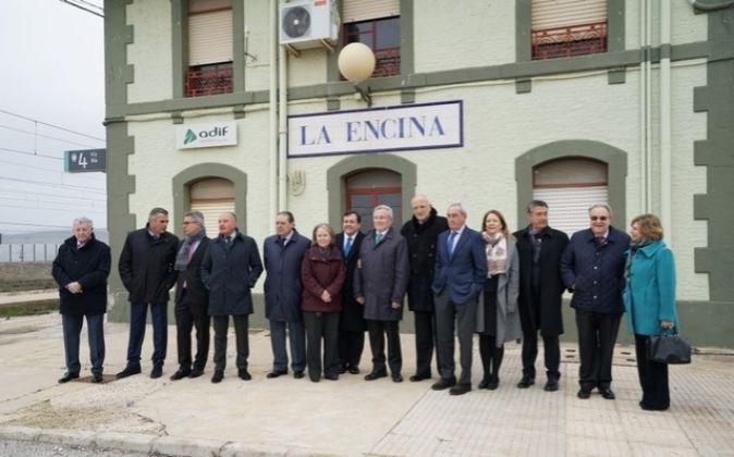 Los empresarios de AVE utilizaron la estación de La Encina como...