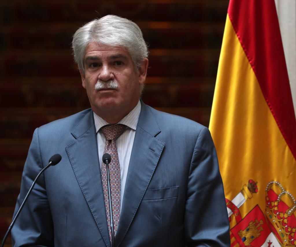 El ministro de Exteriores, Alfonso Dastis, tras recibir al secretario...