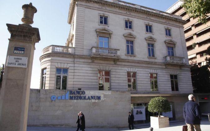 Actual sede de Mediolanum en Diagonal con Capital Arenas (Barcelona).