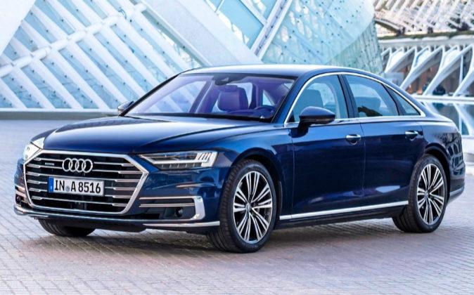 Audi A8. El primer coche de producción con nivel 3 de conducción...