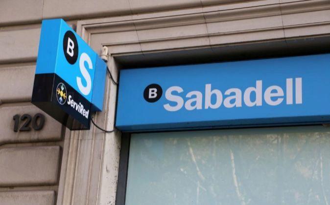 Vista de una sucursal de Sabadell.