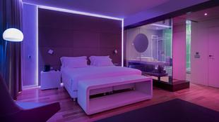 NH Eurobuilding Mood room cambia de color con el ánimo