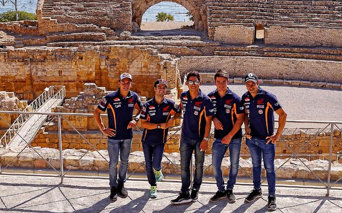 Visita de los pilotos de MotoGP y trial del equipo Repsol,Marc...
