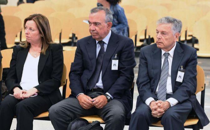 GRA024. SAN FERNANEl expresidente de la Caja de Ahorros del...
