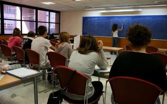 Estudiantes en un aula de la Universidad.