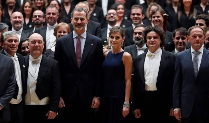 Los Reyes tras el tradicional concierto de los Premios Princesa de...