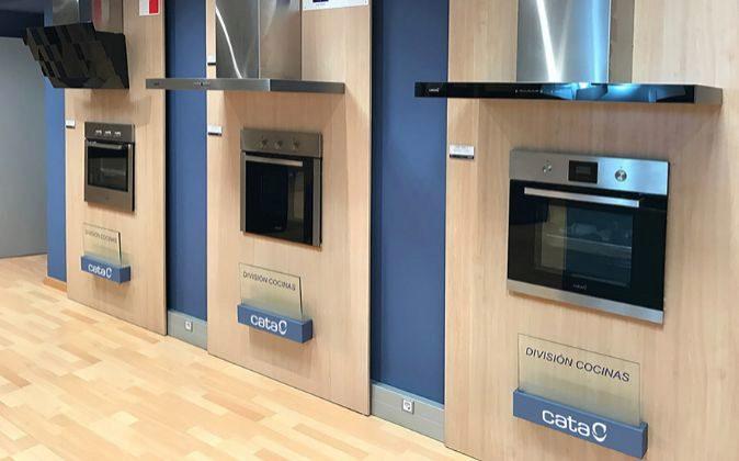 Exposición de electrodomésticos de Cata.