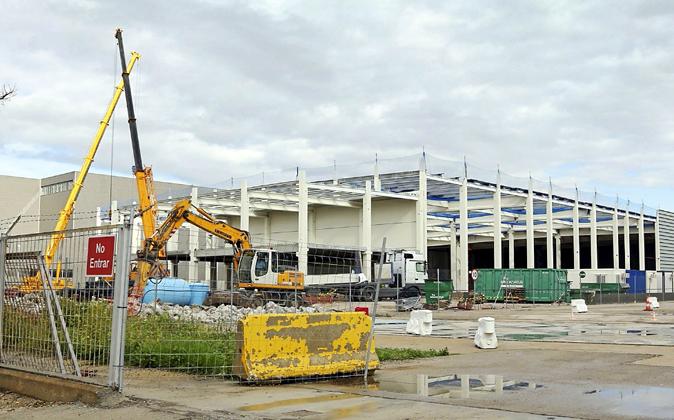 La construcción del almacén que utilizará Amazon en la Zona Franca...