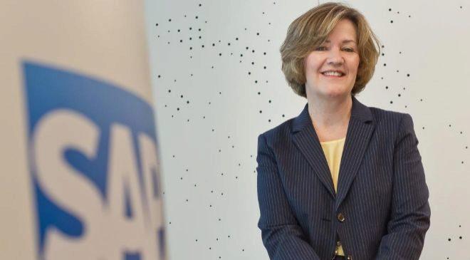 ADAIRE FOX-MARTIN es la responsable de dirigir el negocio de SAP en...