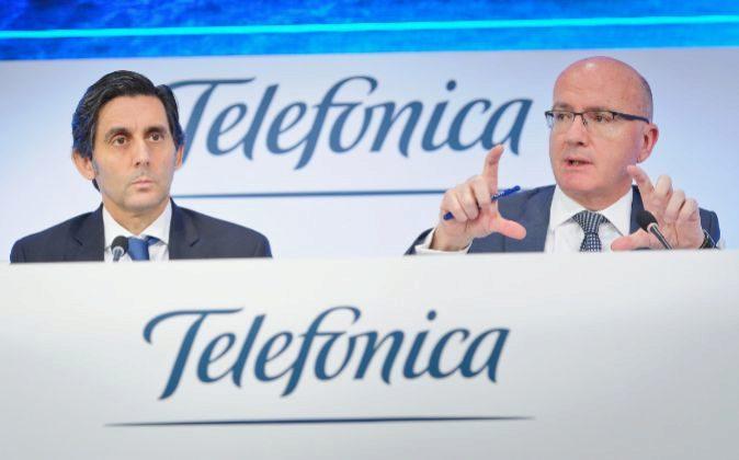 José María Álvarez-Pallete, presidente de Telefónica, y Ángel...
