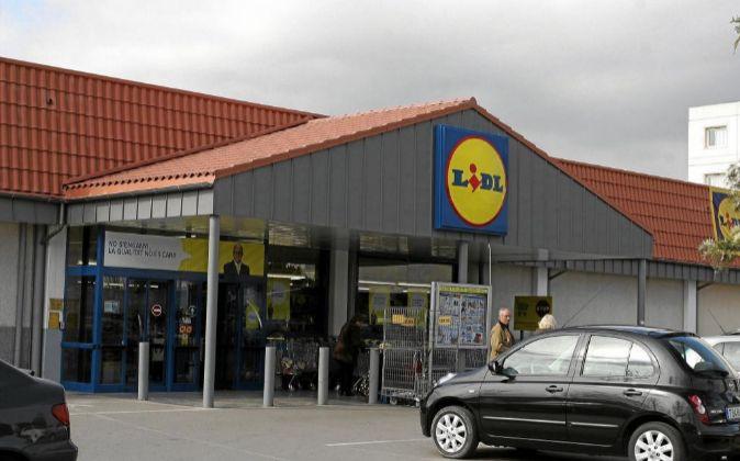 Exagerar en el trabajo. El gerente de una tienda de Lidl en Barcelona...
