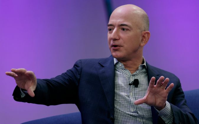 Jeff Bezos, CEO de Amazon, durante una entrevista.