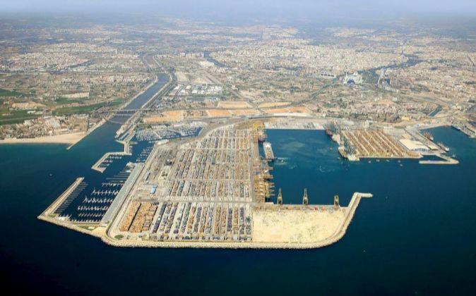 Noatum es concesionaria de la mayor terminal de contenedores del...