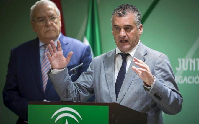 Javier Carnero, consejero de Empleo, Empresa y Comercio.