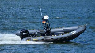 El SV01 Kaluga está basado en una Narwhal 670 con motor Mercury...