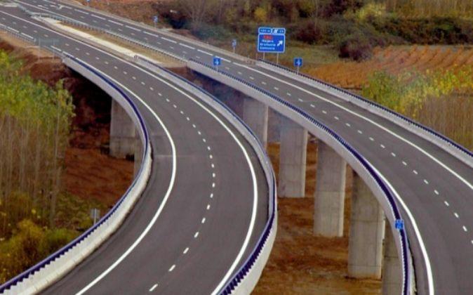 La constructora ya realizó en esa región un tramo de la Autovía...