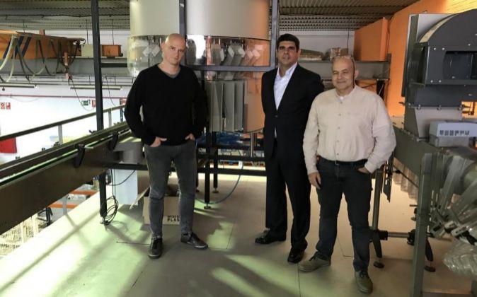 De izquierda a derecha, Quim Torrella, Mario Sans y Joan Arbós, en...