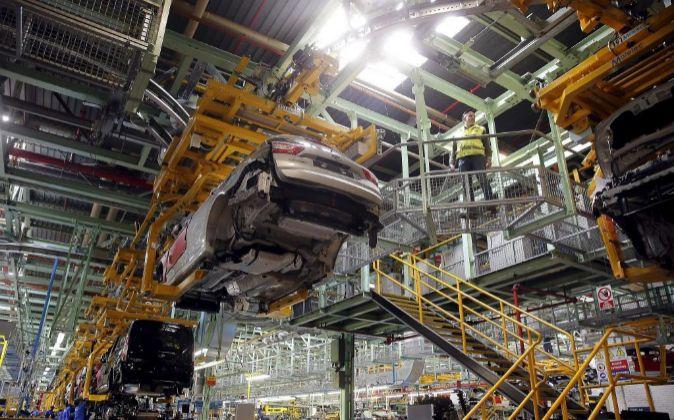 Una de las líneas de producción de la planta española de Ford.